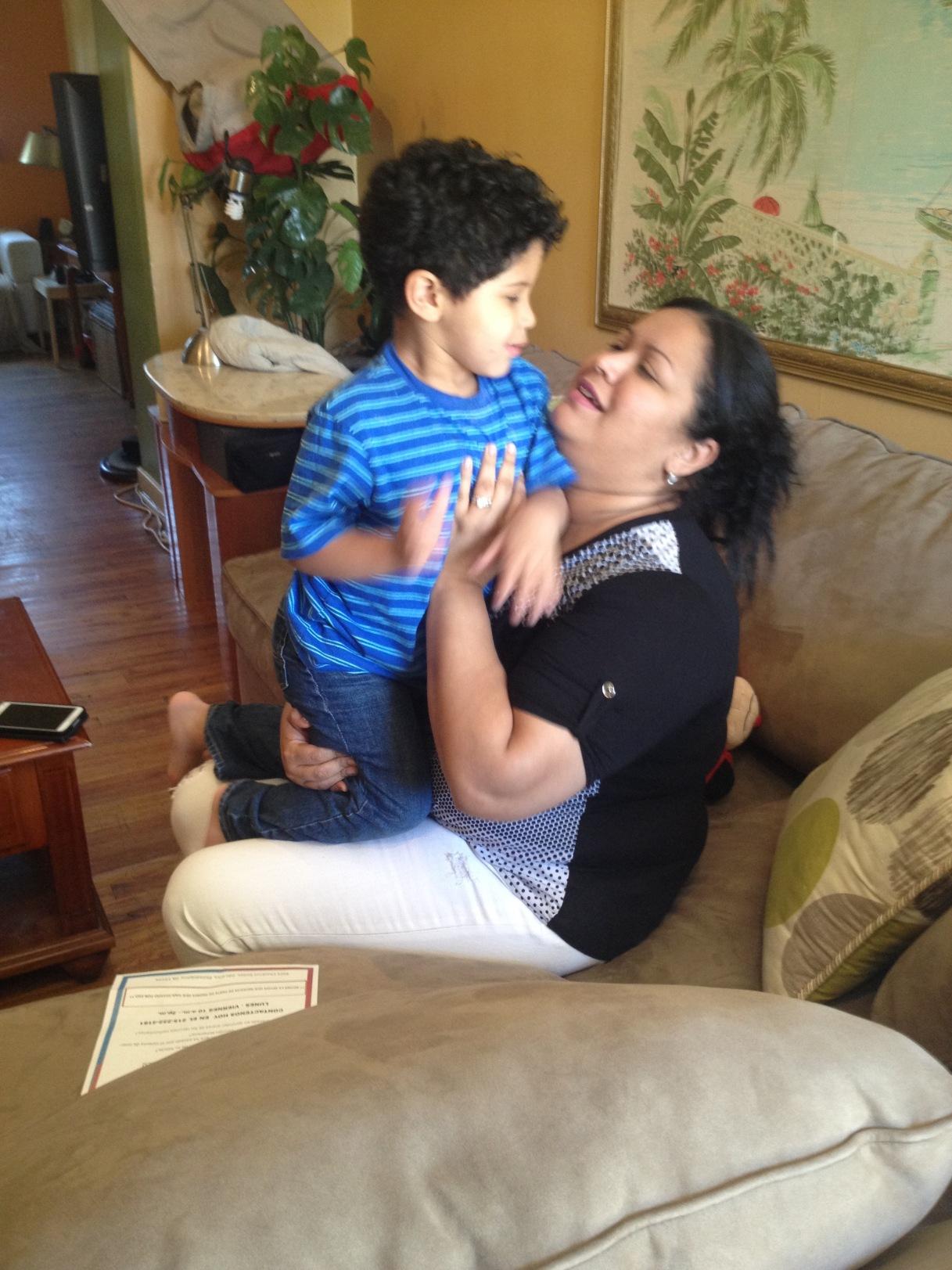 Autismo Para FamiliasLatinas